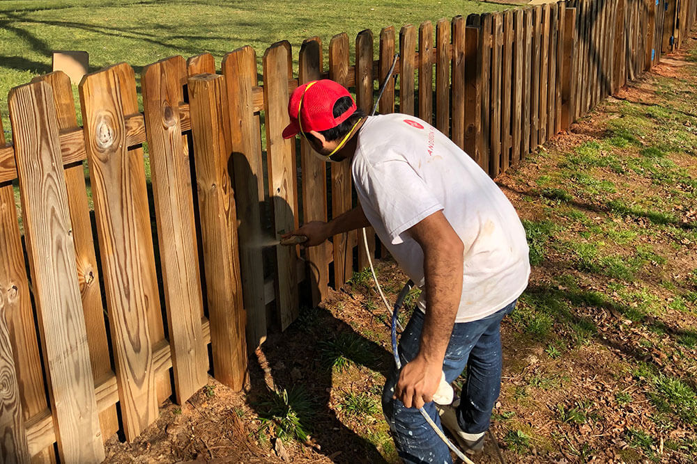 Anderson Painting wooden fence painting service