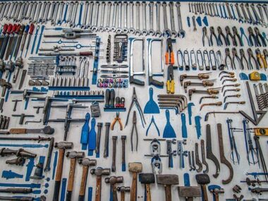 8 Must Have Tools for Everyday Home Repairs