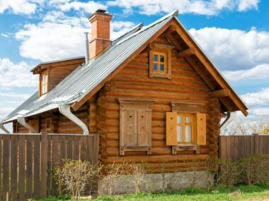 Wood cabin in the south